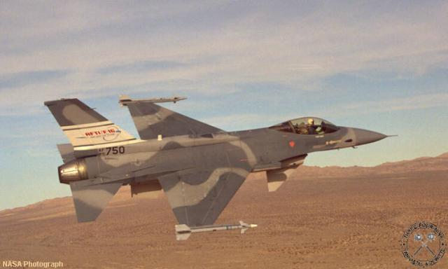 F16AFTI_1.jpg