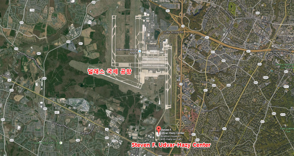 MA_2001019_National_Air_and_Space_Museum_Steven_F_Udvar_Hazy_Center_map-2.jpg