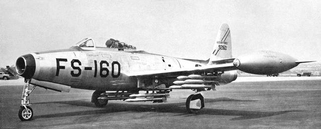 f-84e_01.jpg