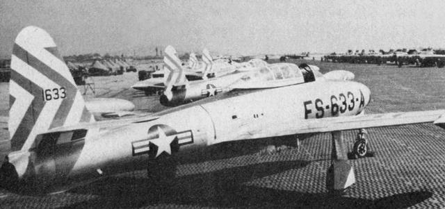 f-84e_05.jpg