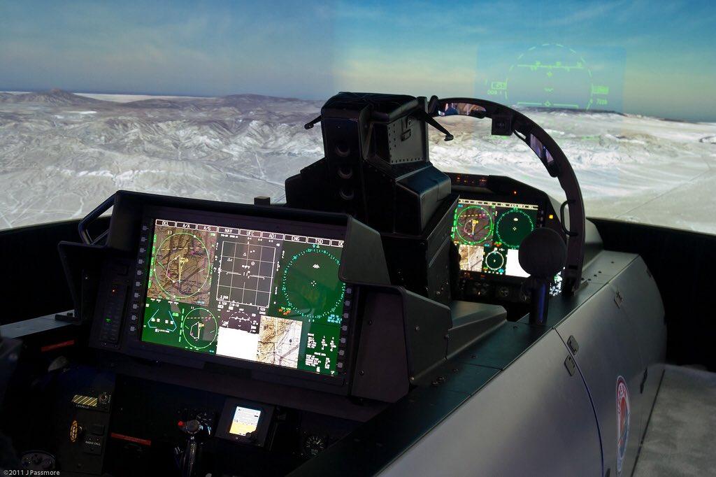 F-15QA_Cockpit2.jpg
