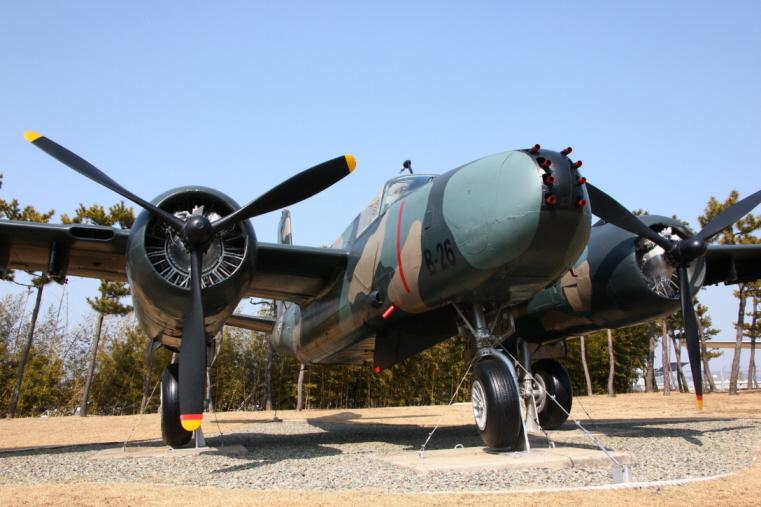 B-26K_03.JPG