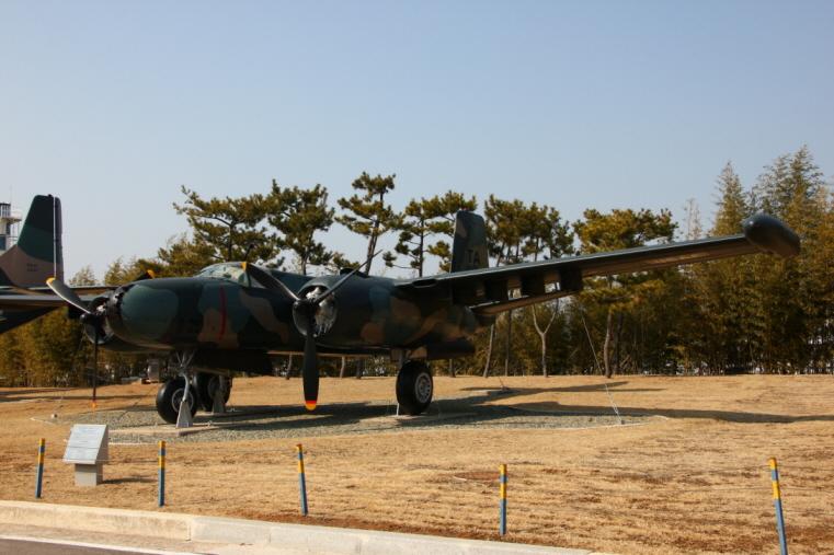 B-26K_02.JPG