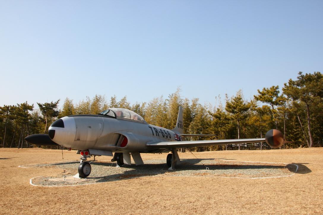 T-33A_02.JPG