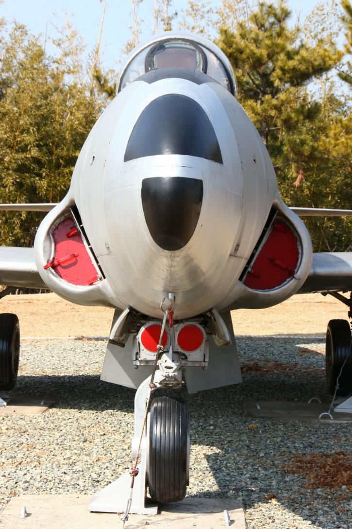 T-33A_05.JPG