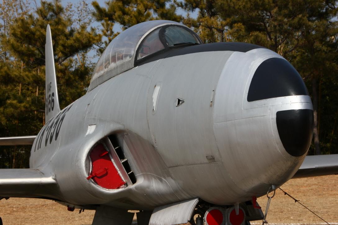 T-33A_04.JPG