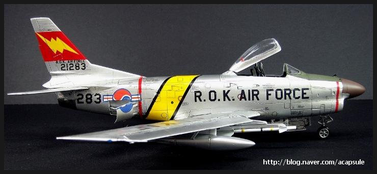 f-86d_019_acapsule.jpg