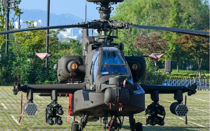 ROK ARMY AH-64E Apach...