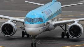 Korean Air Airbus A22...