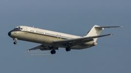 USNAVY C-9B Nightinga...